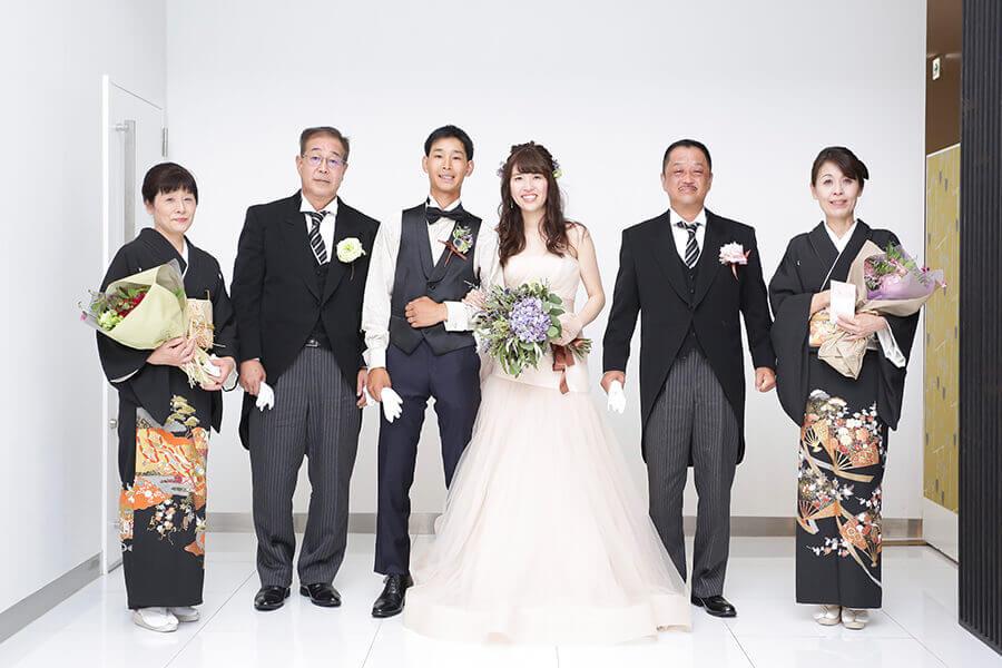 家族で集合写真